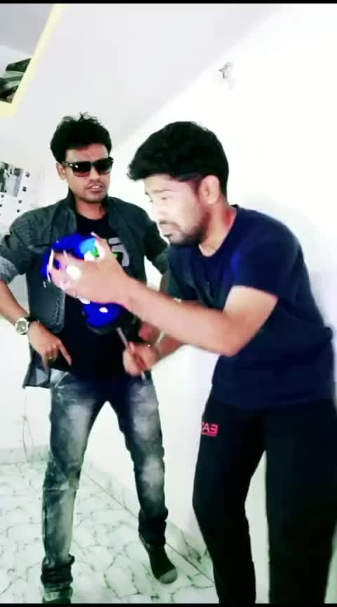 #roposotamil #tamilcomedy #goundamani #tamil #tamil-comedy #roposostar #roposostarchannel #tamilfunny #comedy #rajini #superstar #thalaivar #superstar-rajinikanth #risingstar #superstarrajinikanth #risingstars #roposo-star #rajinified #petta #pettaparaak
