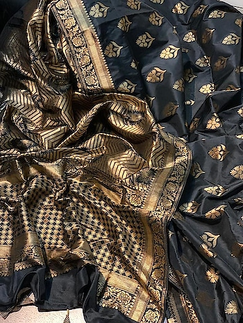 ****Woow Wedding Collection Tanchui Silk Saree**** with running blouse piece Contact or WA : 9825442027 #tanchoisilk #wedding-saree #thebazaar #traditionalsaree #ethnicwearonline