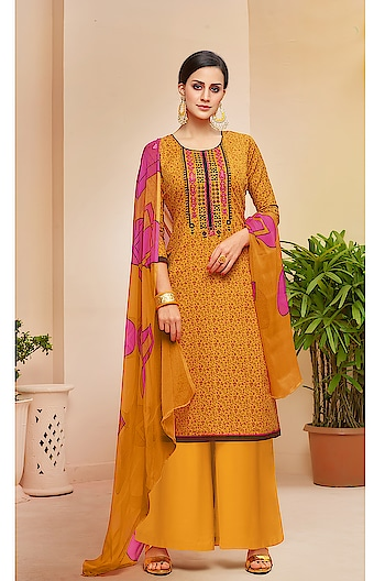 Classic Designer Pure Cotton Plazzo Salwar Suits ♥ Price:- 1600/- For More Similar Visit 👉 https://bit.ly/2ILiWRZ For Order What-app us (+91) 8097909000 * * * * #salwar #salwarsuits #dress #dresses #longsuits #suitsonline #embroidered #onlinefloralsuit #floral #fashion #style #palazzosuits #shararastylesuits #classy #designer #partywear #partywearsuits #exclusive