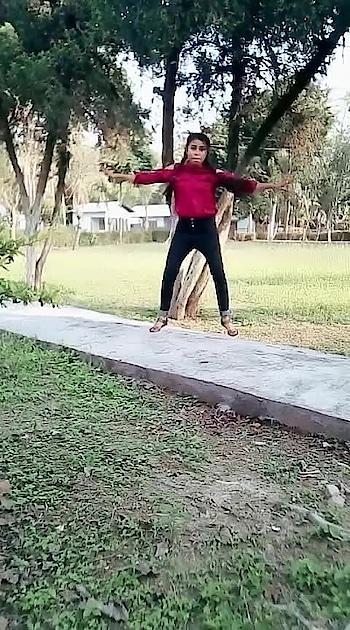 #bohthard #assamgirl #swag #trendeing #foryou #beats #roposodancer #roposo #indiandancer #staroftheweek Roposo Roposo Krishna Manisha