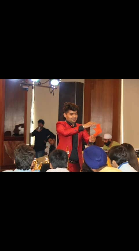 #tb Show organised by: Hdfc Bank Host : Anchor DivYanshi PanDey
