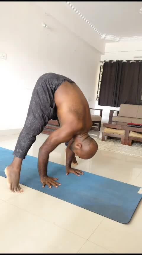 Prasarita Padottanasana Practice  . . . . . #ashtanga #ashtangayoga #ashtangi #yogaflow #yogapractice #yogaeveryday #yogastrong