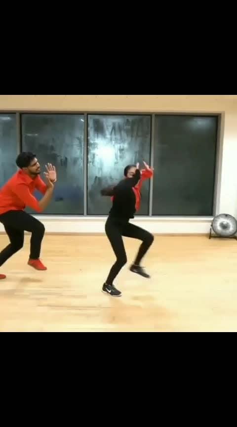 Ozm performance..🔥 Follow us @7amil_cute_videos 🤙 🤙 🤙 #tamilwhatappstatus #tamilactress #tamilsadsong #tamilan #tamilstatus #kollybgm #kollymusic #vijaytv #bkbgm #kollybgm #kollymusic #kollycinima #tamilcomedydubsmash #dance #tamilsongs  #tamilworld #kollywoodFans #kollylove #gulebagavali  #tamilsongdance #danceperformance  #swag #instagood #insta  #kadhalin_avasthai