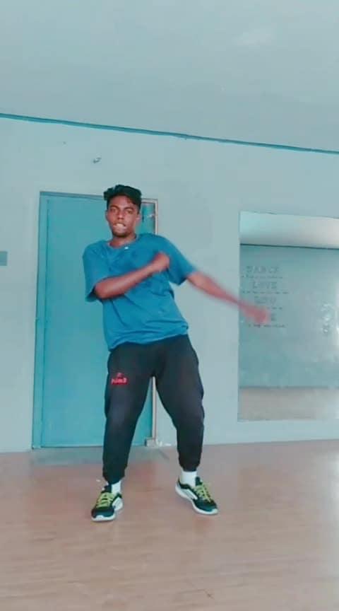 #whatakaruvad #folkbeat #dhanush #vip #ropo #roposo-dance #risingstaronroposo #beats