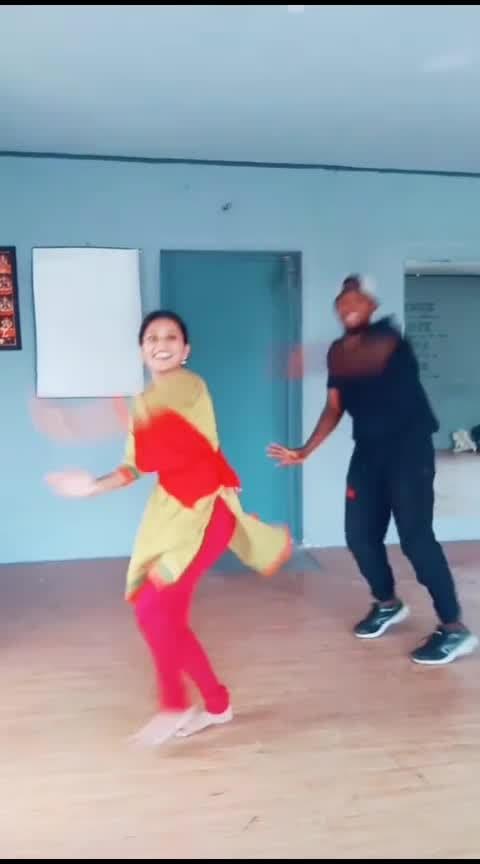 Thai masam oora kootu💃#hbdvikram#folk#worlddanceday#mohana#mohanadancevsdance#roposodance#roposodancer#roposotamil#roposoindia