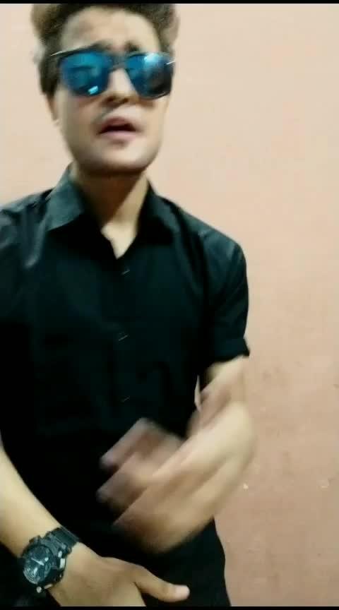 if Guru Randhawa played this song 🤭 #roposo-trending  #gururandhawa #roposo-acting