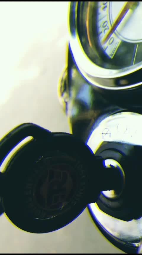 Royal Enfield ❤ #Re #gunmetal #350cc #bike #love #ride