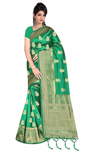 Activated Festival Mode !!!😘 Vibrant Colour !!!😎  Beauty- Shiny Cotton Silk Saree has Magic Vibrant  Colour  of  Rapier Weaving Zari Border !!! Running Silk Blouse !!!  Saree - Cotton Silk Shiny look for Festival Mode !!! Blouse - Running Blouse !!!!  Rate: Rs.750/-