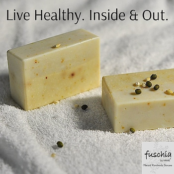 Exfoliate your skin using a handmade herbal soap infused with multani mitti extracts. This soap bar makes your face glow and controls oil production. #slsfree #parabenfree #parabensfree #mineraloilfree #nottestedonanimals #crueltyfree #crueltyfreebeauty #phthalatefree #madeinindia #made_in_india #fuschia #fuschiabyvkare #fuschiavkare #soap #soaps #multanimitti #natural #handmade