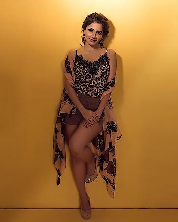 Iswarya Menon #iswaryamenon #southindianactress #modelphotoshoot #modelphotography #indianmodel #indiangirl #indianbeauty #beautifulgirl #beautifulactress #indian #fashion #style
