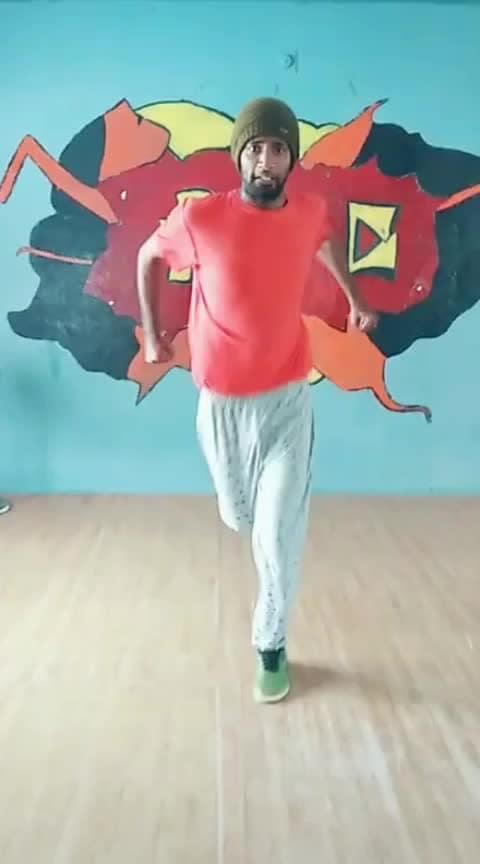 #takkunutakkunu #roposo-dance #dance #mrlocal #sivakarthikeyan #tamil #roposo-tamil #roposostar #risingstar #parthupdc #john #mani #pdc #cbe