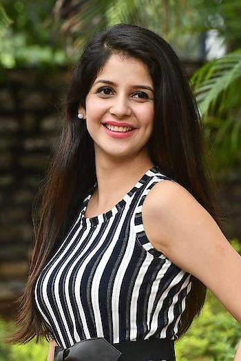 Kashish Vohra stills at First Rank Raju movie Press Meet https://southindianactress.photos/telugu-actress/kashish-vohra/kashish-vohra-first-rank-raju-meet/ #kashishvohra #southindianactress #tollywood #teluguactress #indiangirl #indianmodel #actress #fashion