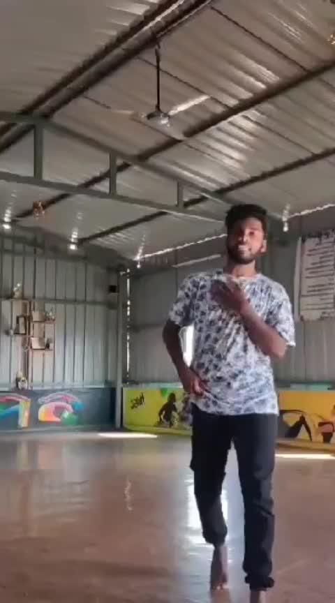 new video 😍😍😍 #takkunutakkunu #roposo-tamil #tamilsong #roposo-dance