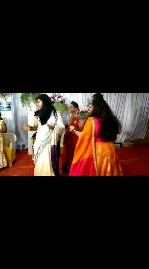 Moments from my bro's wedding ☺️ #roposobeats   #roposobeatschannel   #roposowow   #roposostars   #roposostarchannel   #roposofilmistaan    #ropososongs   #roposomusic   #roposomusically   #roposomuser   #mythuhadag   #roposorisingstar   #roposodramebazz   #roposolove  #roposokannada  #ropososandalwood  #dboss  #basanni_baa_song  #weddingdance  #roposo-dance