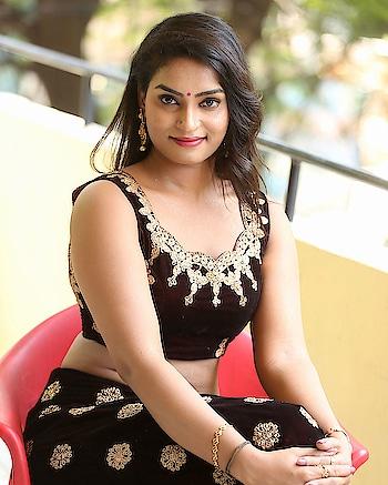 Madhubala hot stills at Sivalingapuram movie Press Meet #madhublala #southindianactress #tamilactress #kollywoodactress #kollywood #indianactress #indiangirl #indianmodel #indian #lehenga #lehengacholi #indianfashion #indianstyle #indiandress #navel #actressnavel #indiannavel #hotnavle