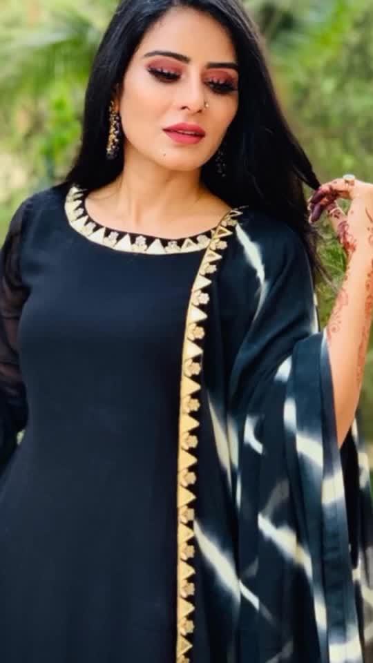 A smiling face is a beautiful face A smiling heart is a happy heart 🖤🖤🖤🖤🖤 : : Eid Outfit ☪️💫🌙 : : #eid #eidmubarak #eidspecial #eid2019 #eidoutfit #eiddress #Black #blacklove #tiktok #tiktokindia #eidfashion #festival #festivalfashion #festivalvibes #chand #happyeid😊 : : #missmermaidasiainternational2019 #RehaaKhann #DohaQatar #MyDubai  #AmchiMumbai #RehaaKhannBlogger #RehaaKhannQueenlife #RehaaKhannPublicfigure #RehaaKhannStylefile #RehaaKhannFashion #RehaaKhannWithclass #RehaaKhannFans #Actress #Model #Bollywood #Tollywood #Pollywood #Business #Person #Media #Production🏡