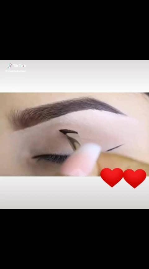 #eye-makeup
