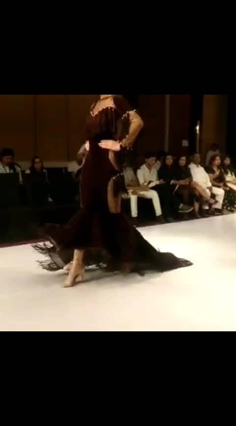 #couturerunwayweek #fashionshow #fashionation #mywork #workmode #designer #mydesign theme- D-vine of burnt Sienna (velevt) fashion show designs, #roposotalks #roposoness #roposopost #roposoer #in fashion 💖