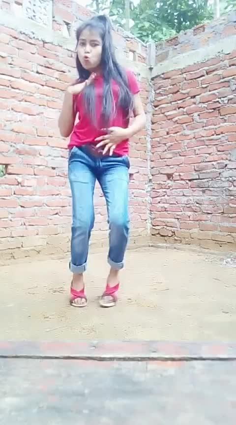 #tusirfmeramehbbob#oila #indiandancer #assamgirl #assameseblogger #roposodance #staroftheweek #roposocontest #roposorisingstar #risingstar #roposohiphopdance #beats #roposo-talent #wow Roposo Roposo Krishna Manisha