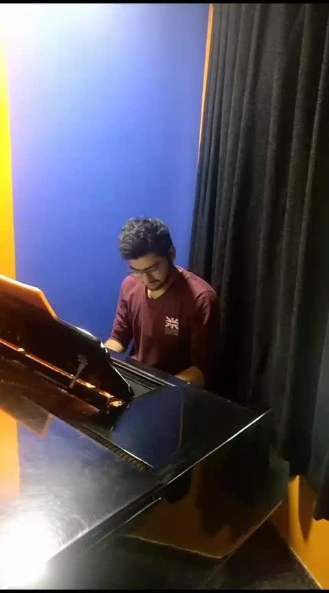 FITOOR ON Piano by Nirdesh chaudhari ❤️ #fitoor #piano #arijitsingh #roposoness #roposocover #roposostar #risingstar
