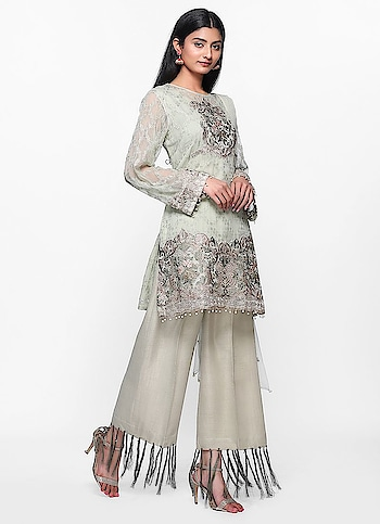 Diya Online - Tonal Threaded Fringe Culotte Set  Shop Now - https://www.diyaonline.com/tonal-threaded-fringe-culotte-set-ls-4146.html  #diyaonline #womenfashions #dresses #suits #sarees #georgettedresses #trendydressesonline