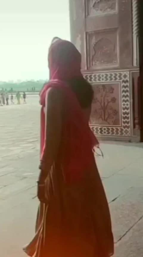 pathi kadhavu(love to be feel) #thandavam#actorvikram#anushka#kollywoodcinema#goviral#tamilsong#tamilhitsongs#versatilemedia#loveyous