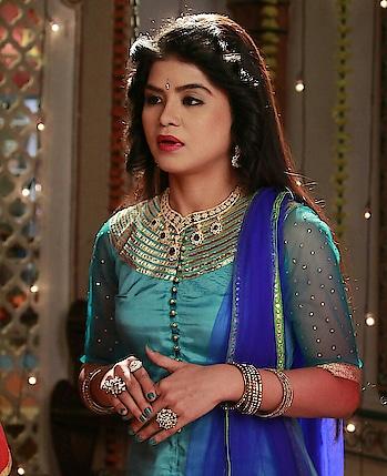 #rashmipitreart  #kathakdancer  #celebritydancer  #actress #roposo