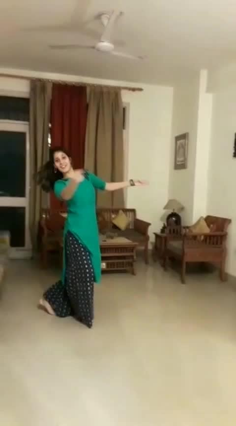 tere bina part 2 💃 tabla cover by @mananjot    #terebina  #guru  #kathak  #kathakdancer  #ghungroos  #kathaklove  #roposo  #roposodance  #roposodancer  #risingstar  #roposorisingstar  #roposobeats #kathakcover #roposo-dancers #dancevideo #dancevideoindia