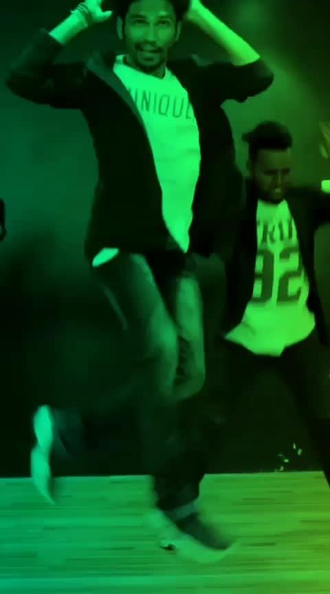 #popularjatt song #roposo-dance #dancefit #dancersofindia #bollyhop #freestyledance #ishpreetdang #tejasdhoke