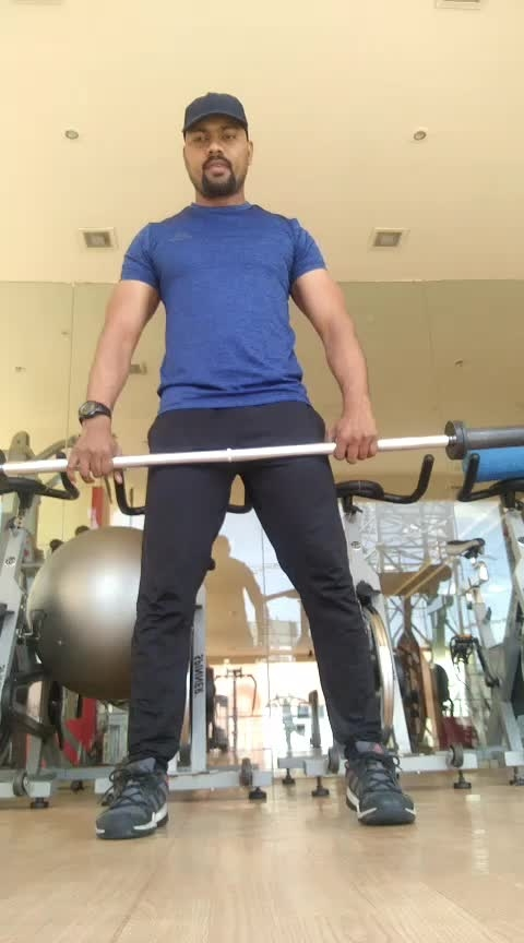 How deeply your doing your waighted squads #jp_fitness_trainer #jsfitnesszoneyoutubechannel #jsfitnesszone #roposo #roposostar #risingstars #risingstaronroposo #rising_star_on_roposo #risingstarschannel #kinjaldave #king