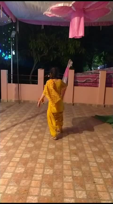 Tere naal jeena addeya 💞 #beinghimachali #bepunjabi #behimachali #himachaligirl #punjabisuits #punjabian #punjabi #himachali_girl #himachaliculture #merewalisardarni #jugrajsandhu #sardarni #pahadan #patiala #patialasalwar #patialasuits #patialasahi #patialadress #patialashahisuit #jannatofhimachal