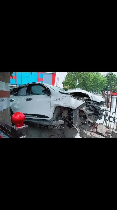 Accident in prayagraj