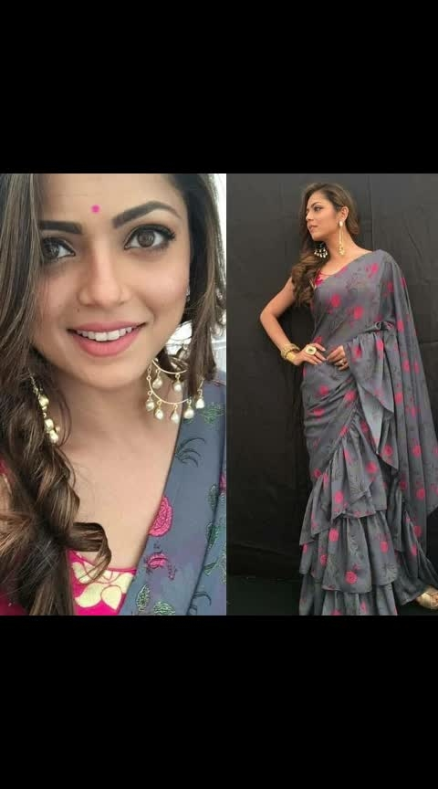 *#LSD - 146*   *Hit Design In   Looking for this same colure beautiful  *DRASHTI* *DHAMI* Ruffle DigitL Print Saree on premium georgette fabric and Printed blouse on banglori.  *SAREE* : GEORGETTE WITH PRINTED  *BLOUSE* :  BAGALORIY WITH PRINTED   💣💣  *Rate*                = *1170  *+shipping Extra  😀Best quality ever😀   😋 *Be Happy with Quality* 😋