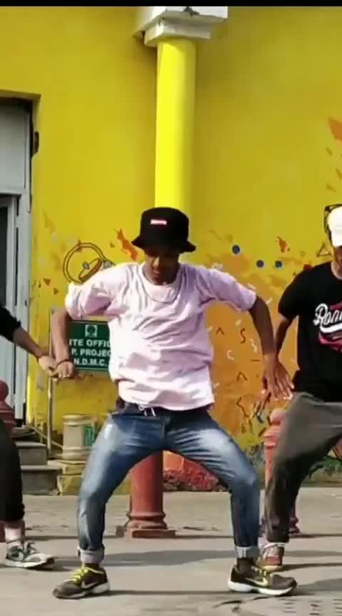 Rich tha kid plug walk #rich #tha ##kid #plug #walk #new #ropo-video #ropo-video #connaught  #place #connaughtplace #cp #bros #roposo-dance #roposodance #roposodancer #ropososong #songs #best #bestsong #newdelhi #maje #pink #tshirt #shootingday #shoot #shootings #ropososhoot #videography #urban #choreo #choreographer #nice #nicevideo #osm  #learning #groove #show #danceshow #training #treading #freestyle #lifestory #love-life #lifestyle #roposoness #followme #followforfollow #ropo-daily #daily #roposo-daily #day-dreaming #dream #enjoy #enjoylife #nitinyogi2 #trendingsong