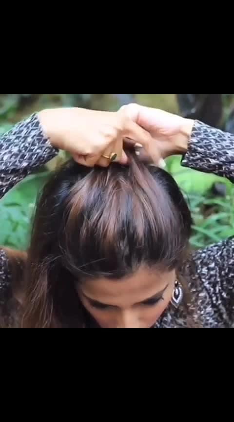 Funky Mohawk Braid Hairstyle✨ This experimental mohawk braid is easy to achieve and is quite a head turner but need a little bit of practice. . . . . #ms #hairdo #hairtutorial #hairideas #hairinspo #hairideas #hairfashion #hair #hairlove #videoviral #haironfleek #indianblogger #hairblogger #hairhacks #hairvideos #hairtutorialvideo #haircare #naturalhair