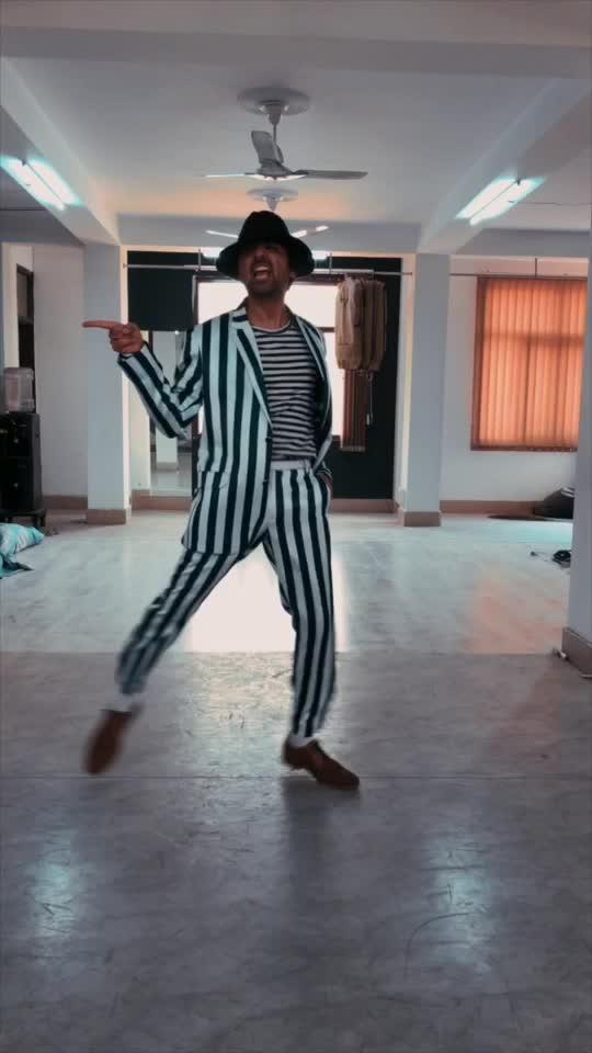 JAM !! #dance #michaeljackson #shraeykhanna #sk #moonwalk #indian