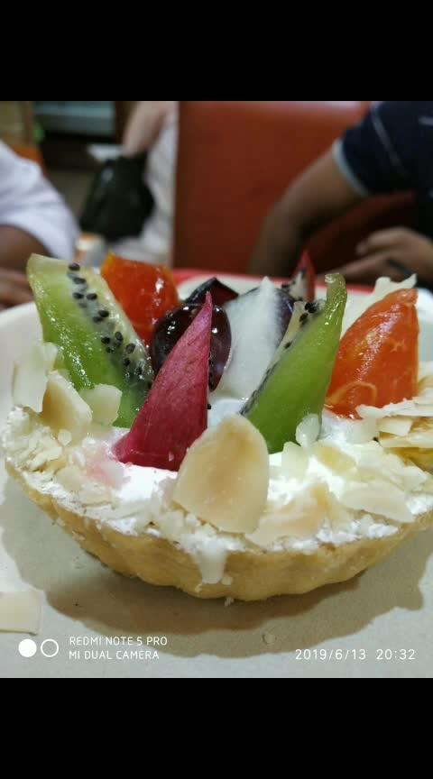foodie😍 #foodlover #streetfood #kachori #masaladosa #jalebi #fruit #ropo-foodie #explore