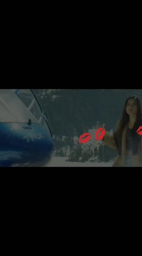 Roj aakhbar pad deya (new 🎶 song 👩❤ miss pooja) #beats #punjabi #roposo-panjabi (aacha ho to comt plz) all my friends 👭👬👫
