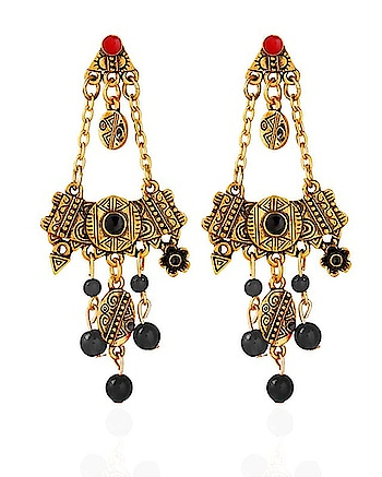 Take any outfit you have to the next level with these stylish pieces of designer Earrings!  shop now : http://bit.ly/2UNfH2V  #jewelrymaking #earrrings #earringsoftheday #earringswag #earringlove #studs #studearring #fancyjewelry #jewelleryblog #fashion #be-fashionable #fashionables #in fashion 💖 #fashion week       #fashion show           #fashion islam