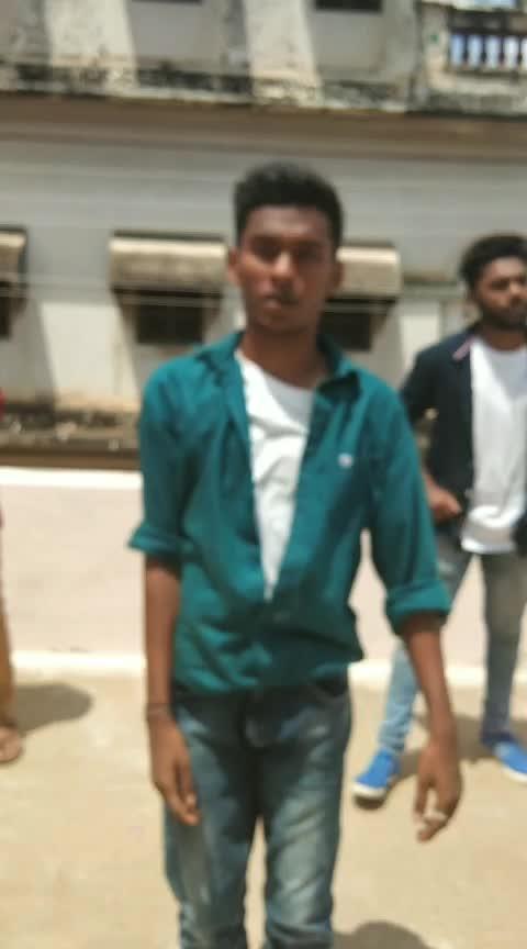 with the crew mates💚😘#vinnaithaandivaruvaayaa #simbu #trisha #gvm #boysdancing #roposostarchannel #roposobeatschannel #roposo-roposostar