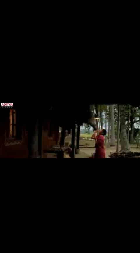 #nagarjuna #shreya #manam #lovesong #videoclip #whatsapp-status