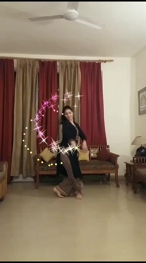afreen afreen .. 🌸   #kathakcover #kathaksolo #kathakdancer  #kathak  #ghungroo  #afreen  #ghungroos  #kathakdancers  #kathakdance  #afreenafreen  #classicaldancer  #indiandancefederation  #indiandancers  #roposo-dance #roposostars #roposorisingstar #risingstar