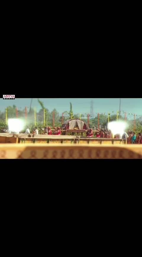 #beats #roposo-beats #roposoness #filmisnotdead #vijay-devarakonda #thedevarakonda #geethagovindam #vachindamma_geethagovindam #vachindamma #rowdybaby #rowdy #filmistaanchannel #filmistaan #vachimdhama #rashmikamandanna