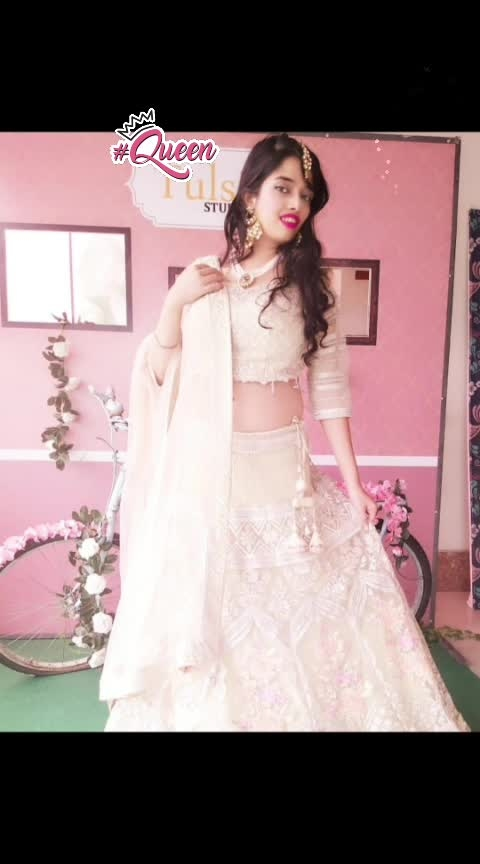 #bridalfeast is on, I have adorned #traditional #lucknowi  #lehenga #choli and #dupatta. #bridaloutfit put together by #TulsiStudio. The price is within range, check out their #grandsale. Jewellery courtesy : Tulsi Studio.   #fashionmodel #roposofashiontips #indianmodel #indianfashion #bridal-jewellery #bridalfashion #bridal-wear #indianbride #lucknow #northindianwedding