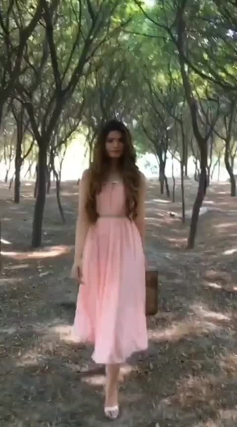 paradise 🌸 #fashionvideo #fashionblogger  #roposofashionblogger #fashionvideos