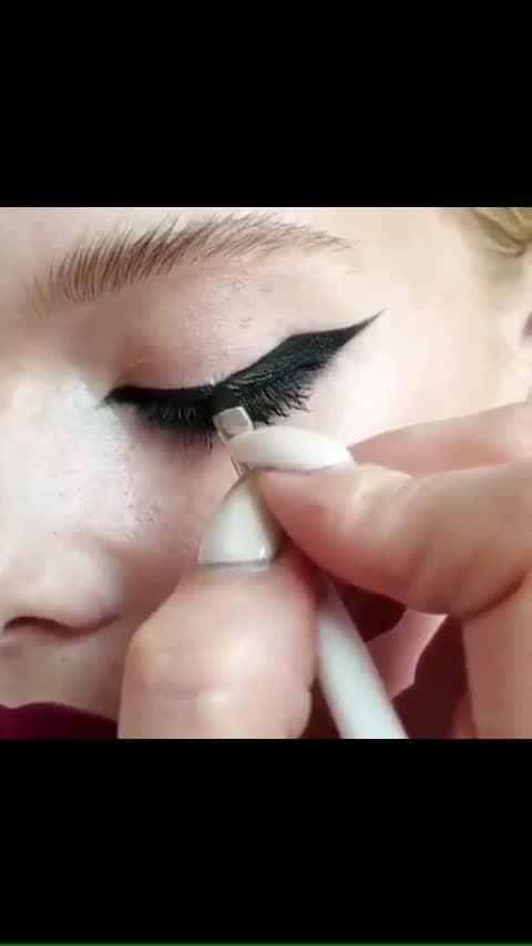 #eyeliner #eyelinergoals #eyeliner  #eyeliner #makeup #eyeshadow #eyebrows #lipstick #beauty #makeupartist #eyes #foundation #lashes #mascara #fashion #mua #cosmetics #lips #beautiful #instamakeup #makeuptutorial #makeuplover #hudabeauty #love #cosmetic #brows #makeupaddict #glitter #gloss #concealer #powder #eyelashes #bhfyp