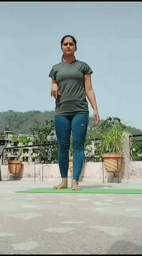 #roposo-wow #yogaflow #fitness #lookgoodfeelgood #punjabi-gabru