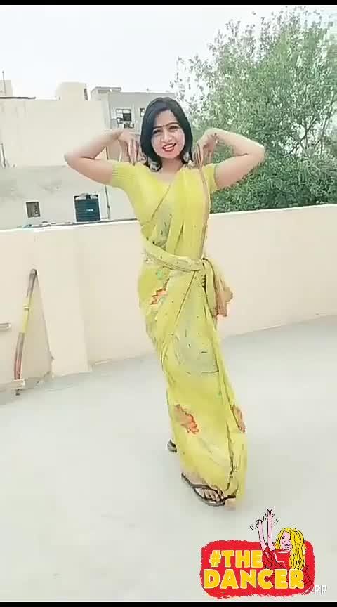 main to hu #trendy #beatschannel #roposo-dance #bhabhi_tu_patola #desi #dancechannel #wow #hot-hot-hot #trending #hot