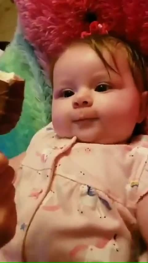 Cute baby #cutness #baby #cute-baby #ice-cream #pink #love #caring #affection #mom #i-love-u-mom #mom-baby #candies #roposo-kids