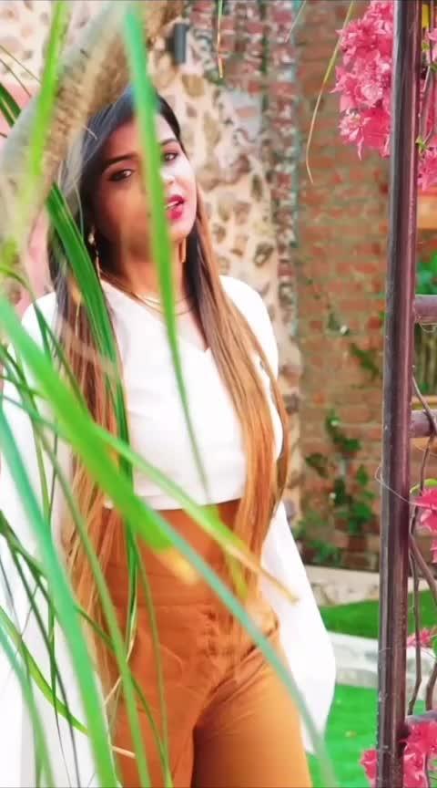 #bepanahpyarhaiaja #lamha #roposo #roposorisingstar #youtuber #youtubeindia #linkinbio #ropo-share #share #romantic #sweet #awesomness #likeslikeslikes #supportme